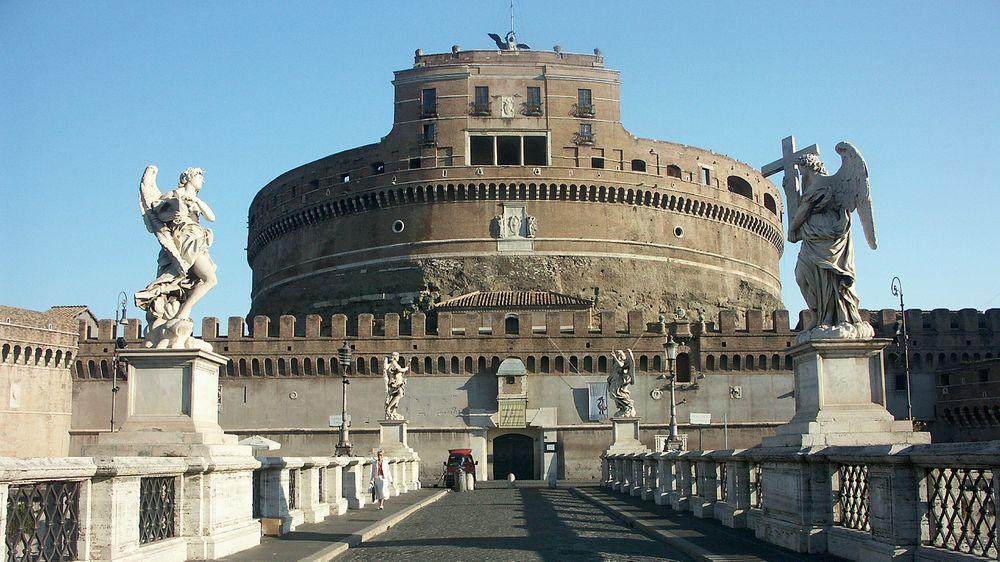 Картинки по запросу замок святого ангела рим