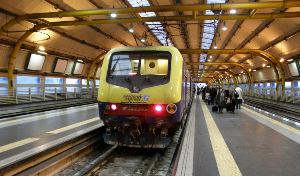 Поезд до вокзала Термини
