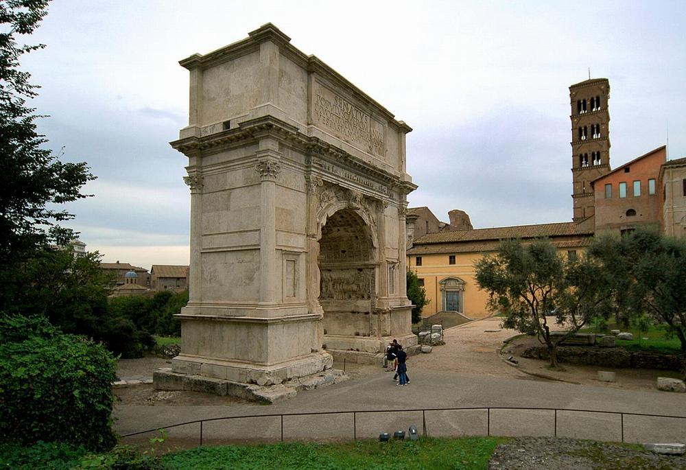 Триумфальная арка Тита в Риме