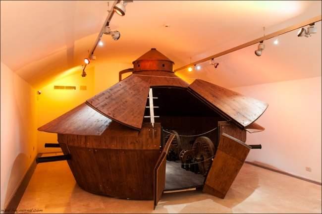 Танк в музее да Винчи