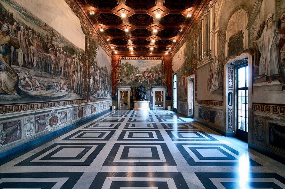 Залы Капитолийских музеев
