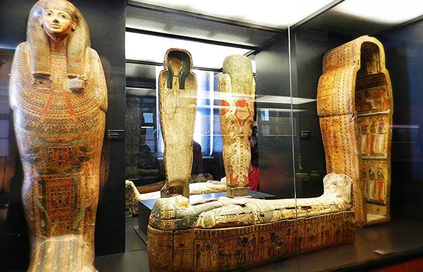 Крышки саркофагов