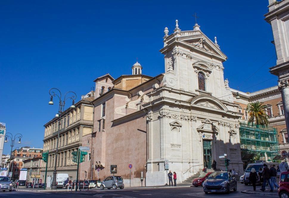 Церковь Санта-Мария-делла-Витториа