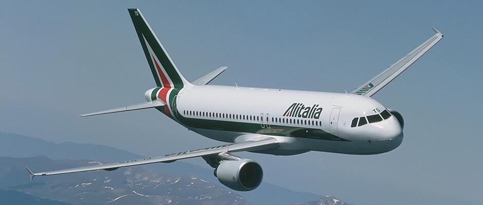 Самолёт авиакомпании Alitalia