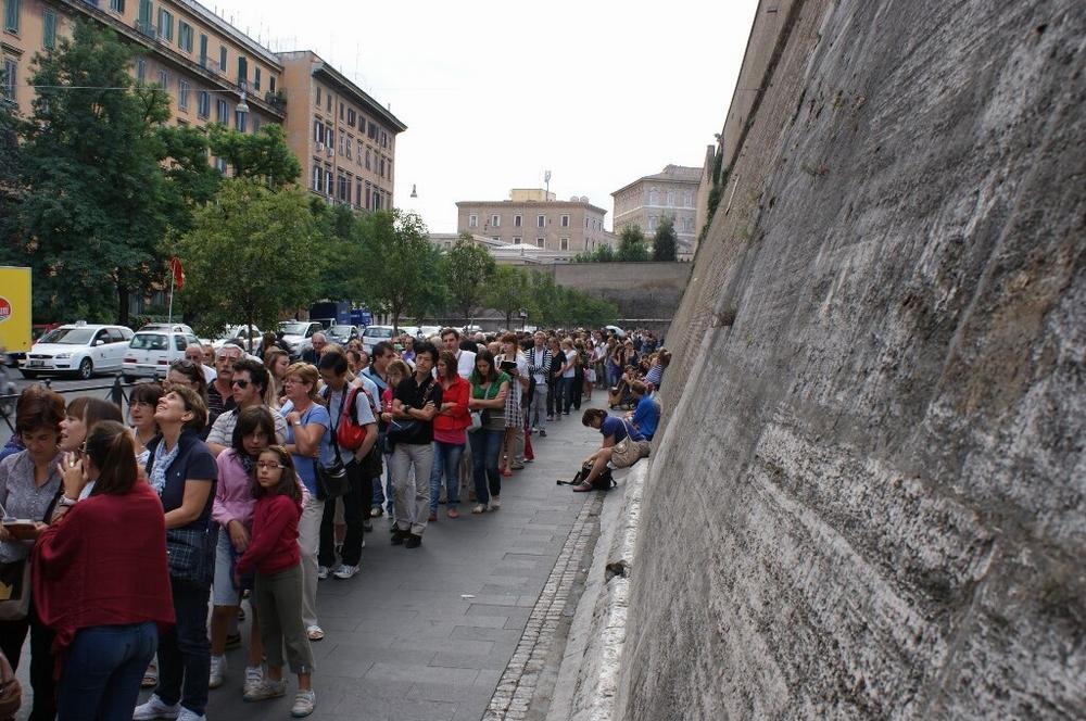 Очередь в музеи Ватикана