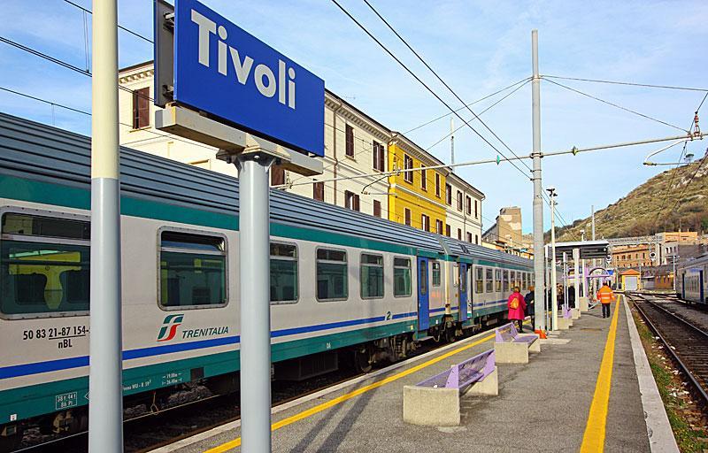 Поезд до Тиволи