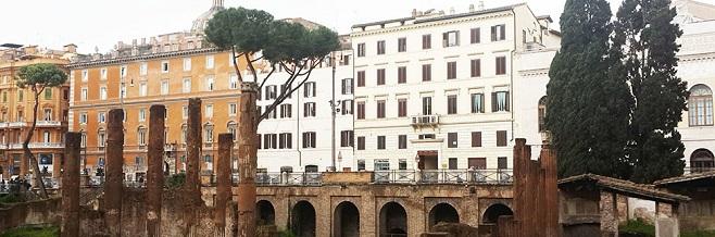Площадь Торре-Арджентина в Риме