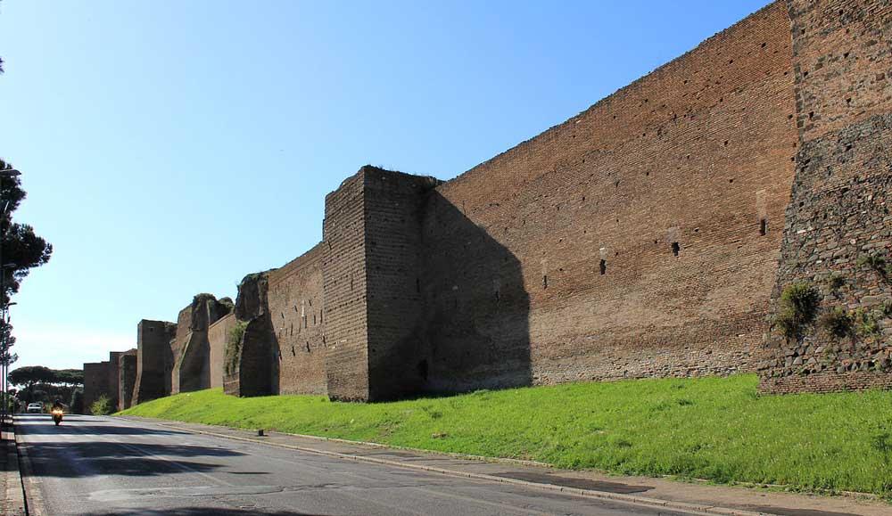 Стена Аврелиана